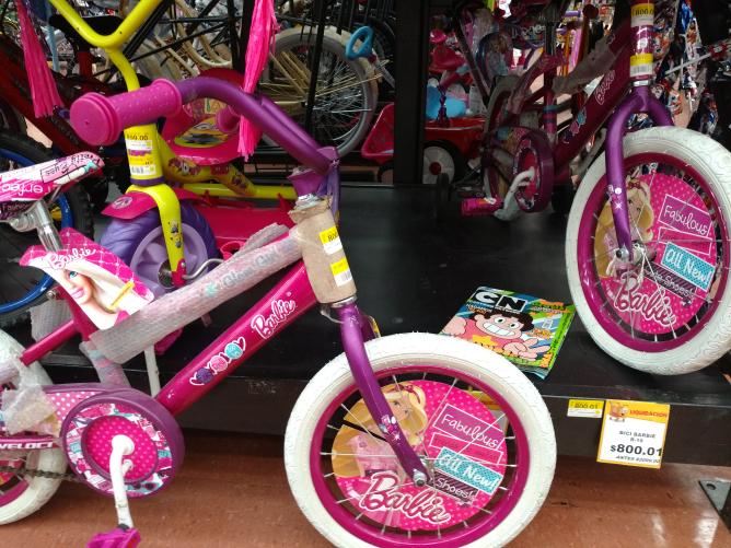 Walmart Nichupte, Bicicleta R16 Barbie $800