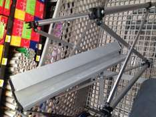 Walmart Universidad Villahermosa: Mesa de aluminio tipo acordeón a $35.01