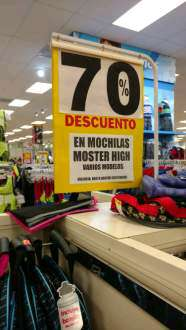 Del Sol Villahermosa: 70% de descuento en mochilas monster high