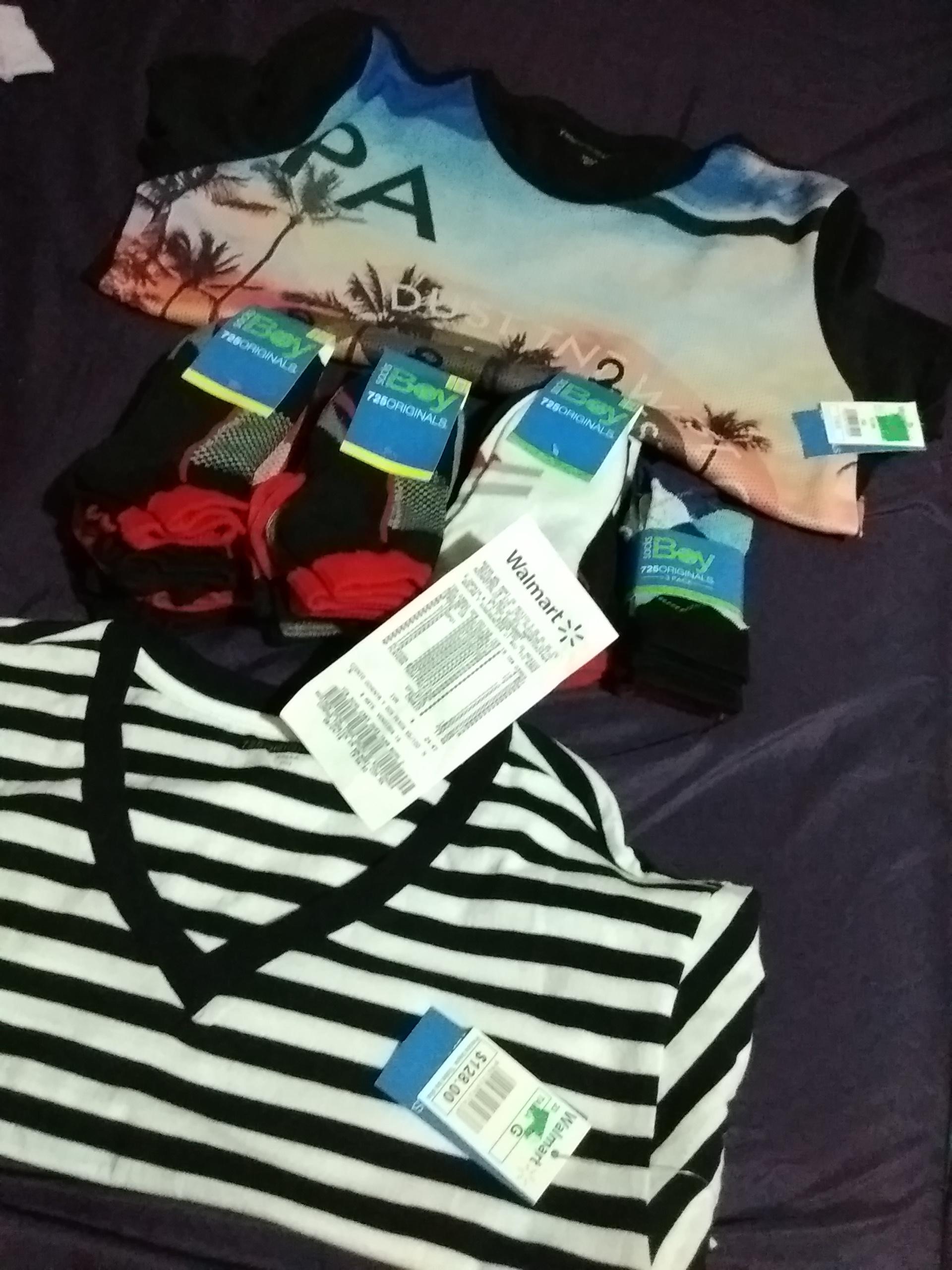 Walmart Echegaray: 3 pares de calcetines para niño $10 y playera de hombre $20