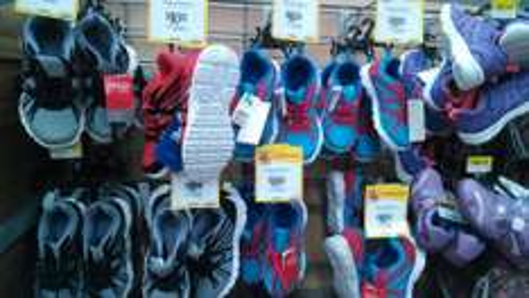 Walmart Cd. Judicial Puebla: Tenis de Dama de $258 a $90.02