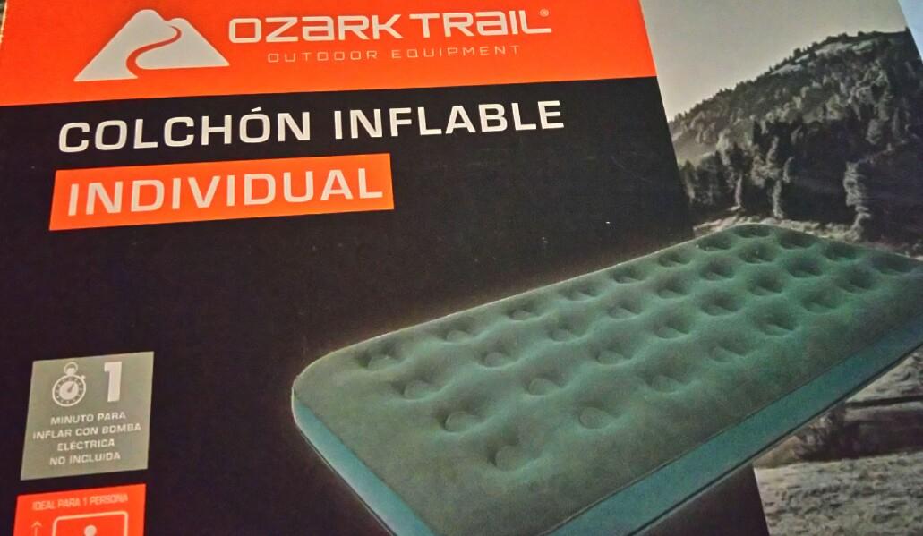 Walmart: Colchón inflable individual Ozark Trail a $153.03. Matrimonial $200
