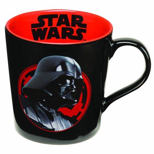 Amazon: Taza de cerámica Darth Vader a $49