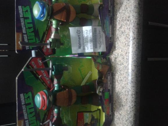 Walmart Periferico Edomex: muñeco de las tortugas ninja en $96.01