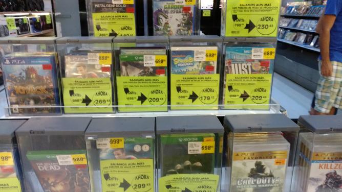 Comercial Mexicana Villahermosa: video juegos de varias consolas