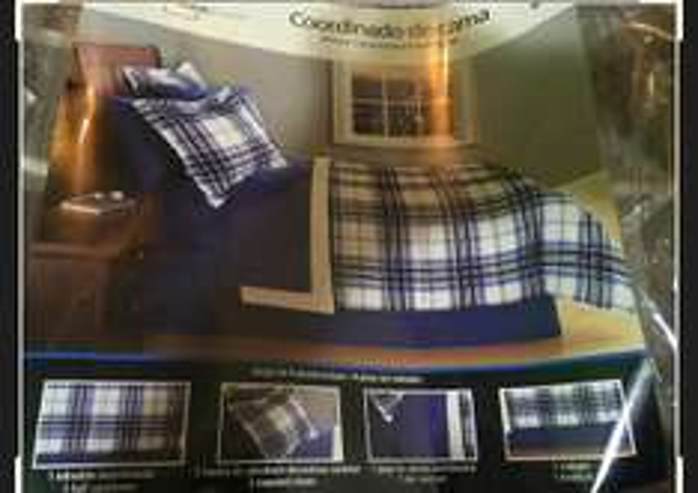 Bodega Aurrerá: Coordinados de cama y Edredon