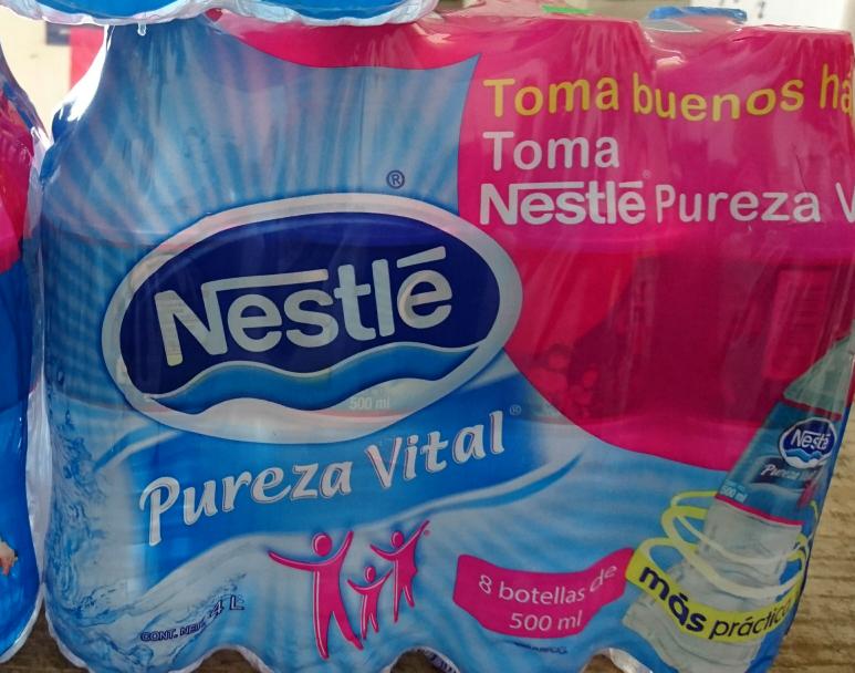 Walmart: Agua Pureza Vital Nestlé.  Presentación 8 Pack de 500 ML.