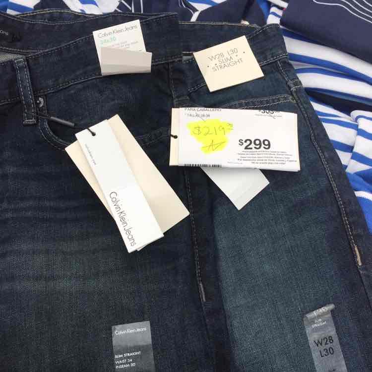 Sam's Club la raza: Jeans Calvin Klein a $219
