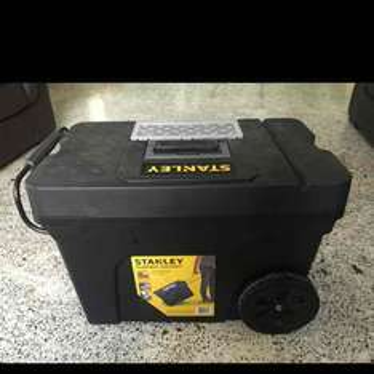 Bodega Aurrerá: caja de herramientas móvil Stanley a $293.03