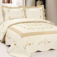 Amazon: Fashion Street Vineyard Villa Pre-Washed Quilt, 86 by 94-Inch, ivory