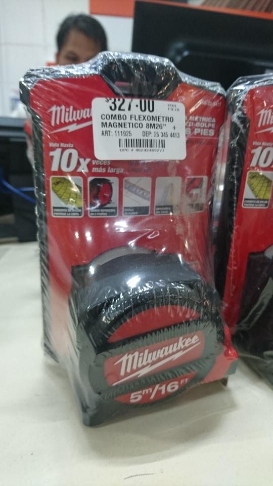 Home Depot: combo de flexometro magnético 8m + 5m en 327.00 precio por separado 624.00
