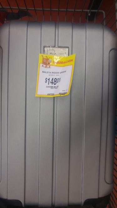 Walmart San Roque: maleta rigida 20 inch. de $949 a solo $148. y si pagas en efectivo no te cobran el centavito adicional