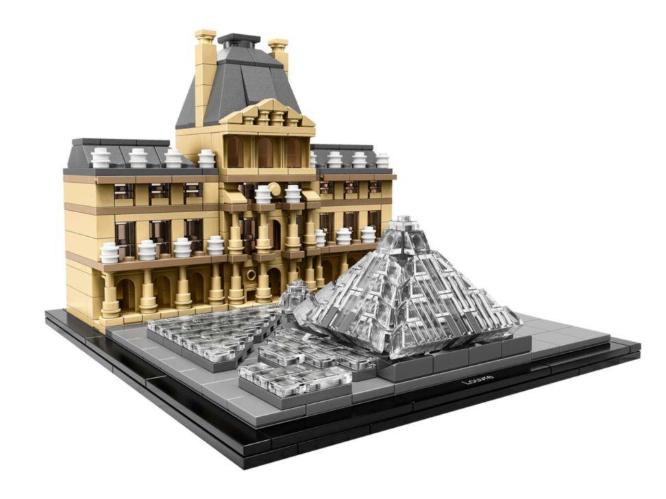 Liverpool en línea: LEGO Architecture Louvre en oferta