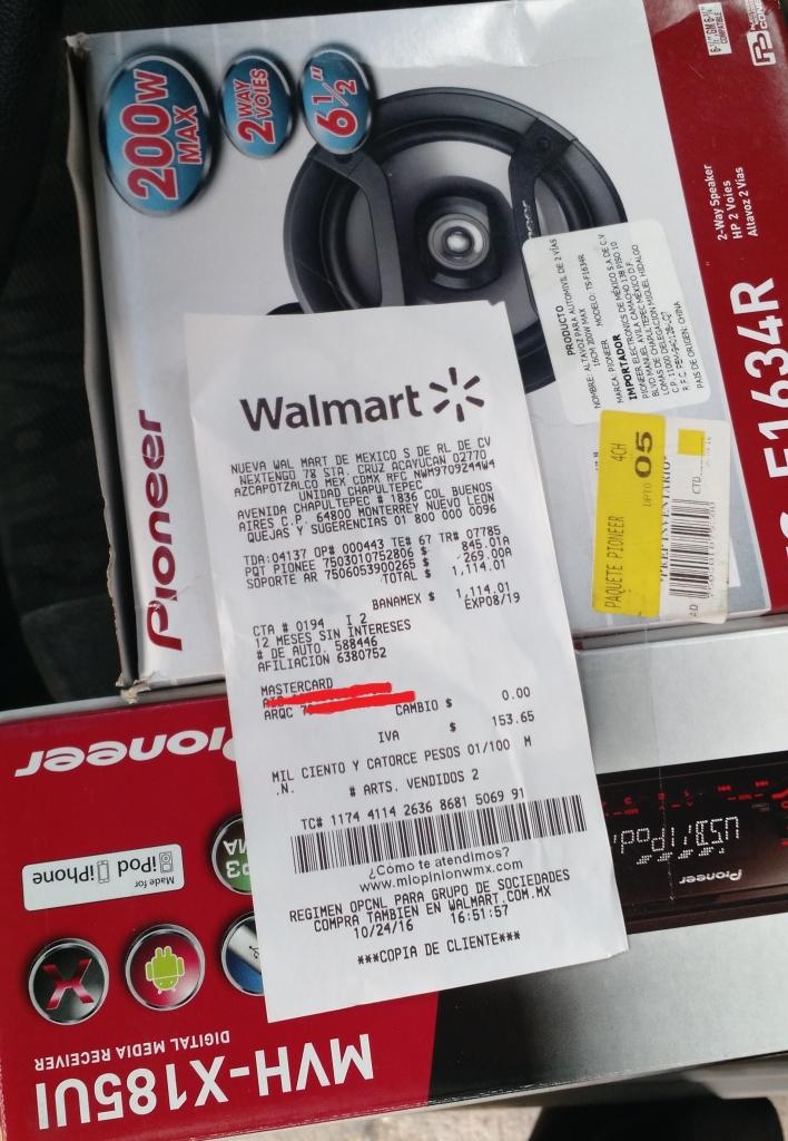 Walmart Chapultepec: Paquete Bocinas 61/2 y autoestereo  Pioneer, $845.01
