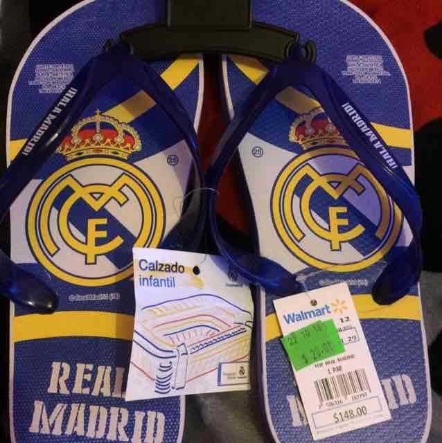 Walmart: sandalias con licencia de Real Madrid a $20.01