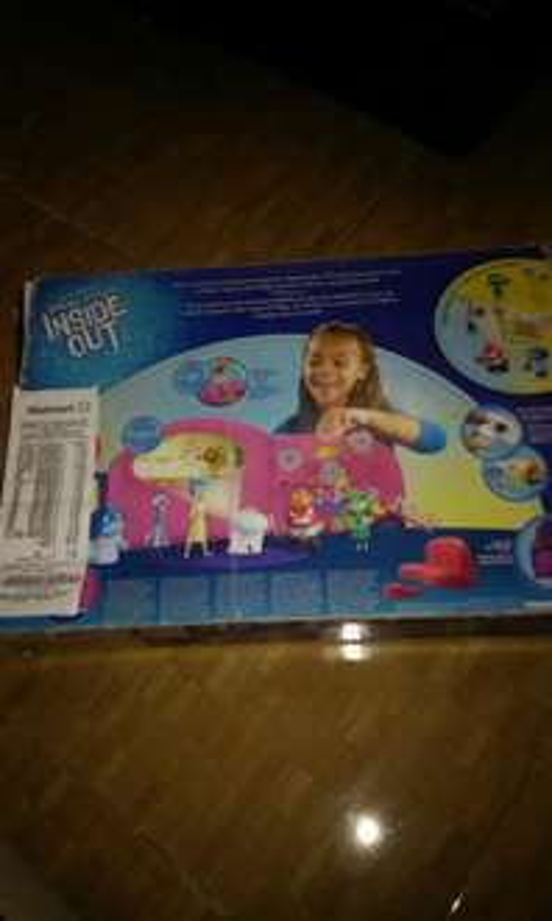 Walmart Toltecas: juguete de intensamente