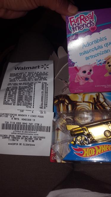 Walmart Macroplaza Oaxaca: adorables mascotas que armonizan 30.01 y cochecitos star whars  hot wheels 12.01