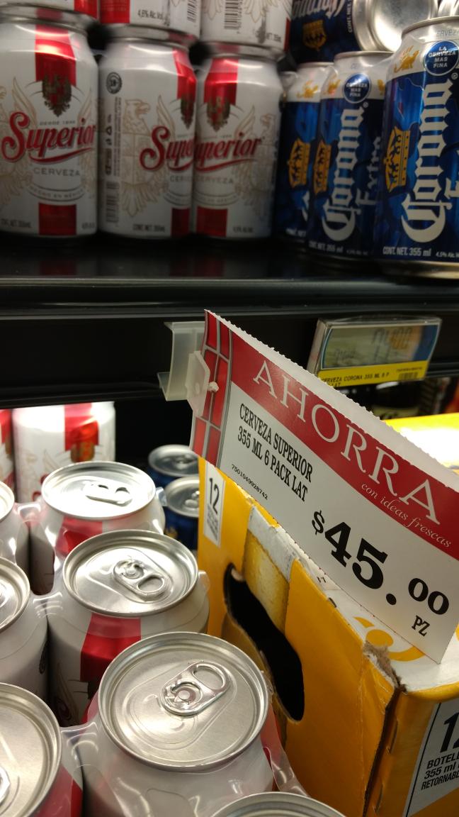 Soriana: Six de cerveza Superior y Carta Blanca