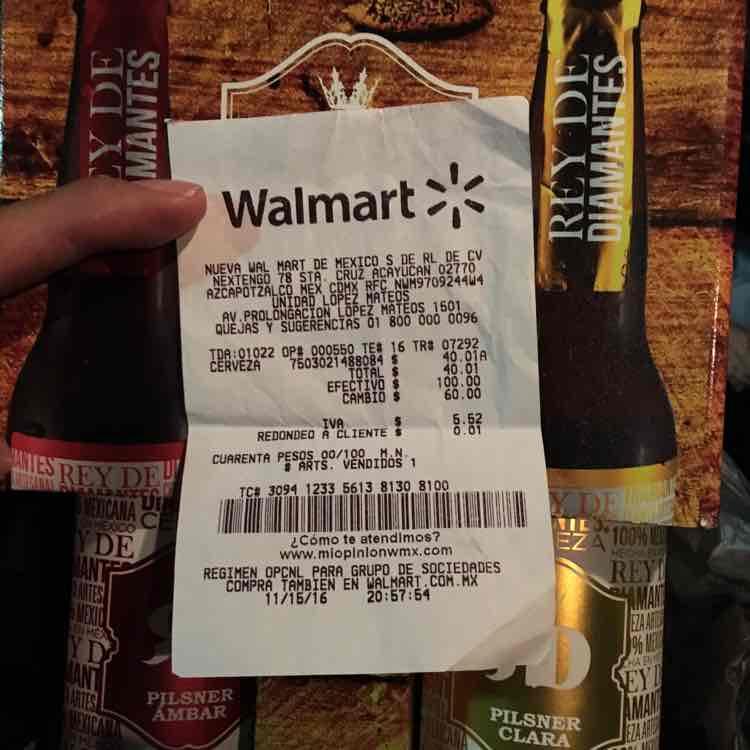 Walmart: Cerveza rey de diamantes con vaso de cristal 40.01
