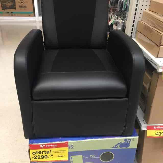 Soriana: sillón multiposiciones con bocinas