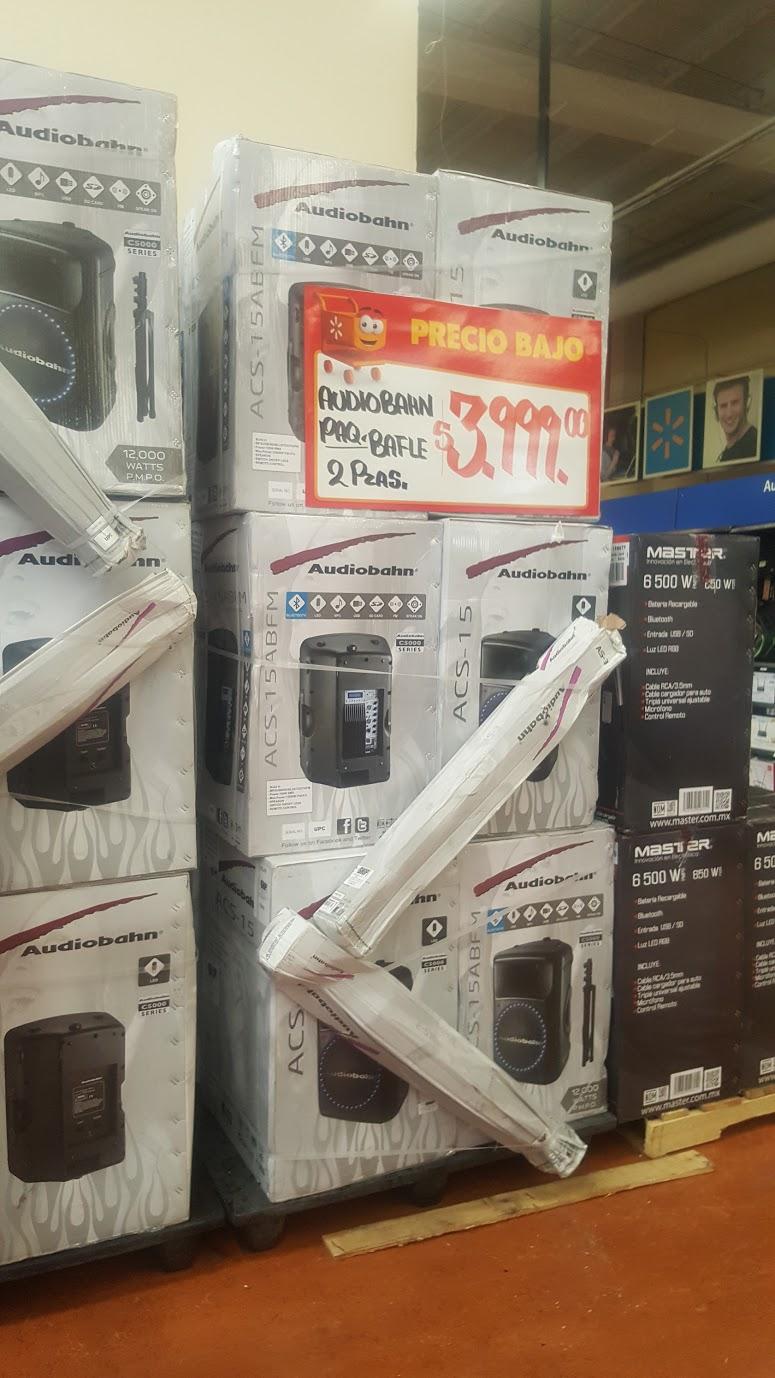"Walmart: paquete Bafle Audiobahan 15"" $3,999"