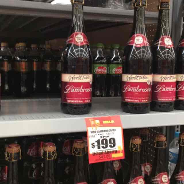 Walmart: vino tinto Lambrusco 3 x $199