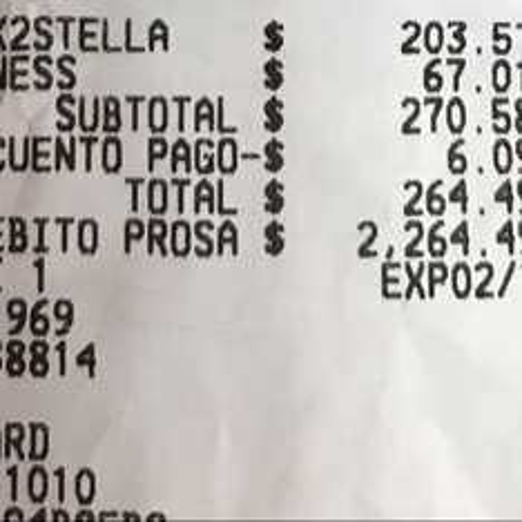 Sam's Club: Paquete Stella 2 botellas + copa + chocolate