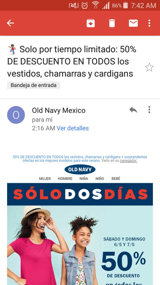 Old Navy: 50% de descuento en vestidos, chamarras y cardigans