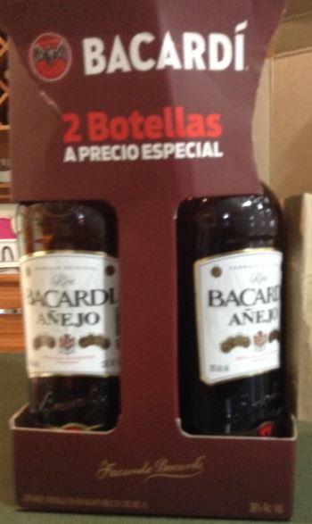 Bodega Aurrera: paquete de 2 botellas de Bacardi Añejo 1L $200