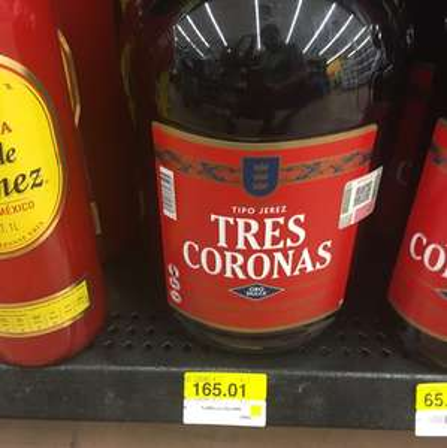 Walmart: Vino tipo Jerez Tres Coronas