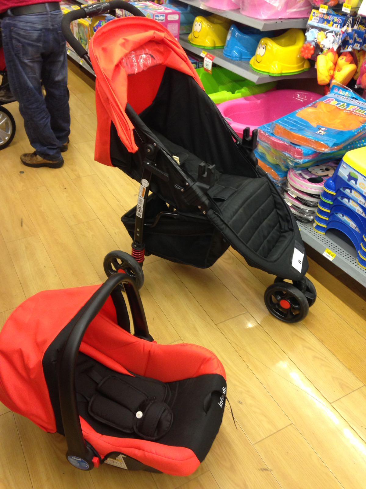 Walmart: Carriola infanti 2-1 de $3,000 a $748.03