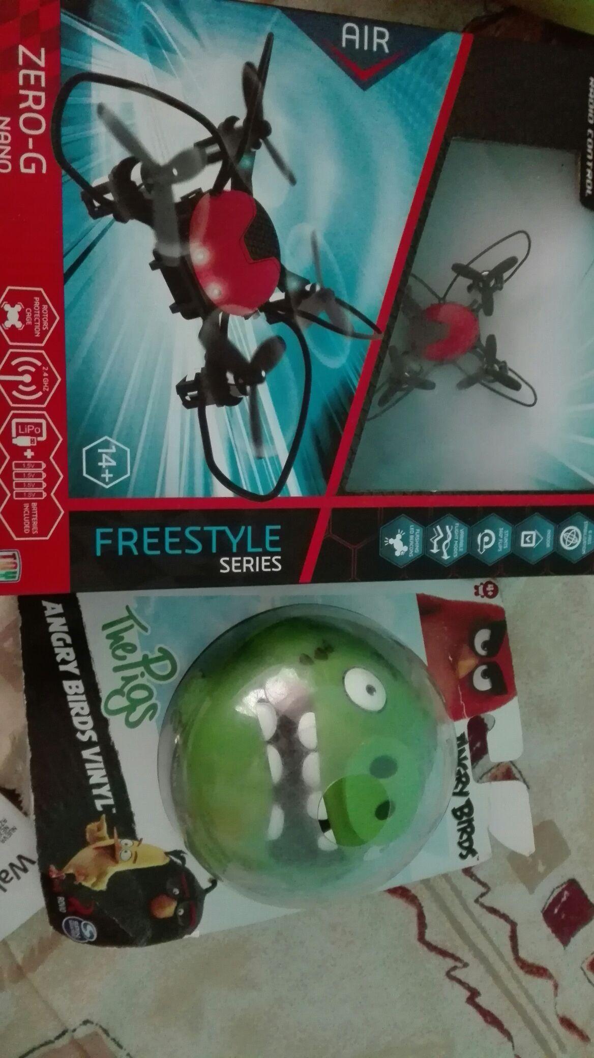 Walmart: Drone a $111.01 y puerquito de los Angry Birds