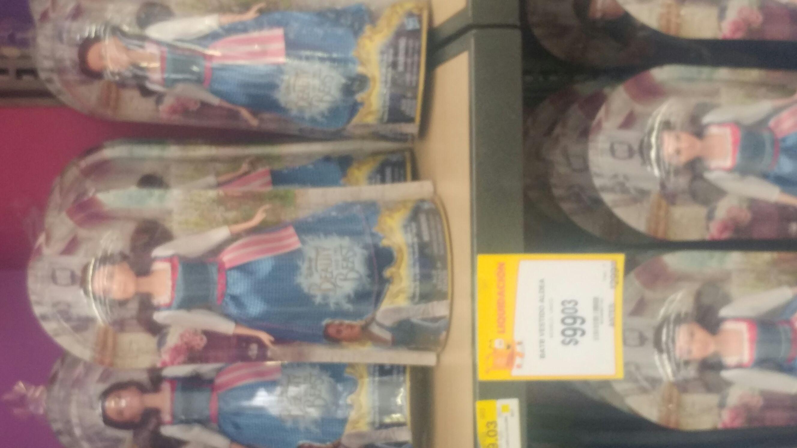 Walmart: muñeca de la Bella y la bestia a $99.03