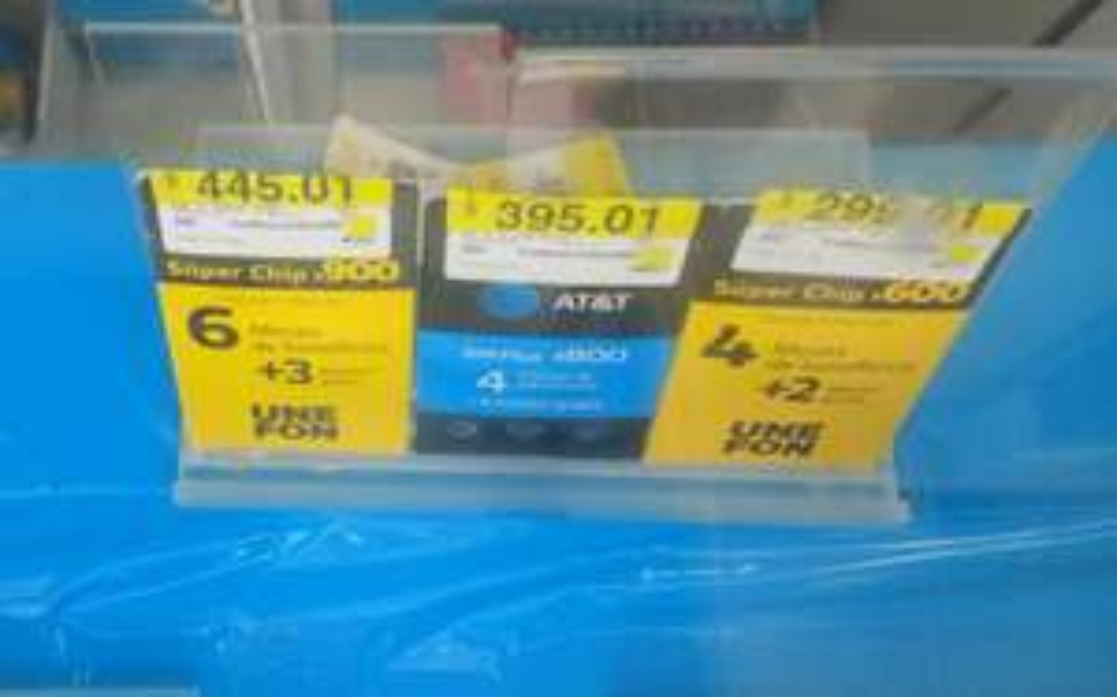 Walmart: Att&t y Unefon Sims en última liquidación.