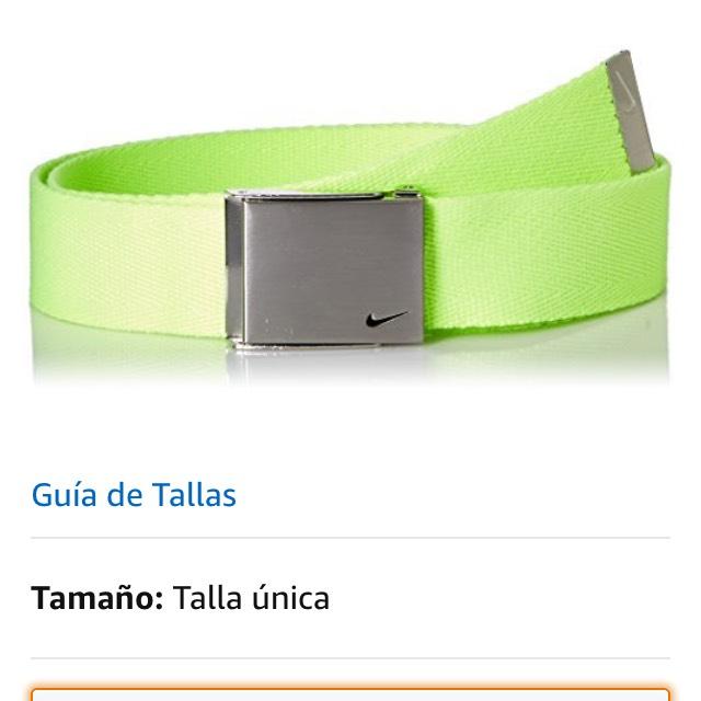 Amazon: Cinturón Nike verde a $126