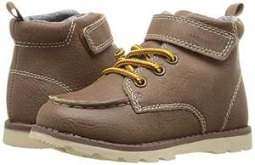 Amazon: botas para niño marca  Carter's talla 13 MX en $177.55