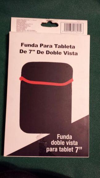 Soriana Vallarta: Fundas para tablet a $3.90 y $4.90