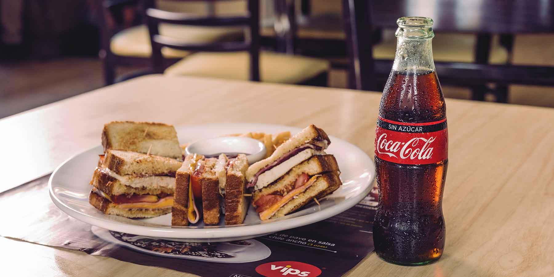 Vips: Vips Club gratis llevando a un acompañante y consumiendo Coca Cola sin azucar