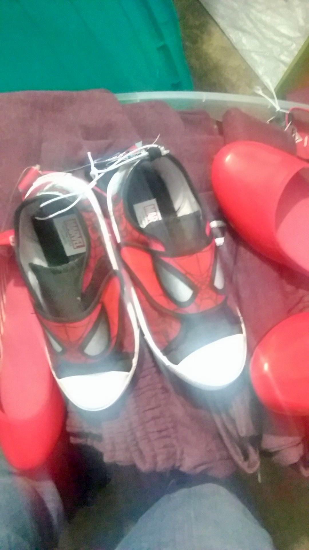 Bodega Aurrerá: varios zapatos y tenis a $30.03