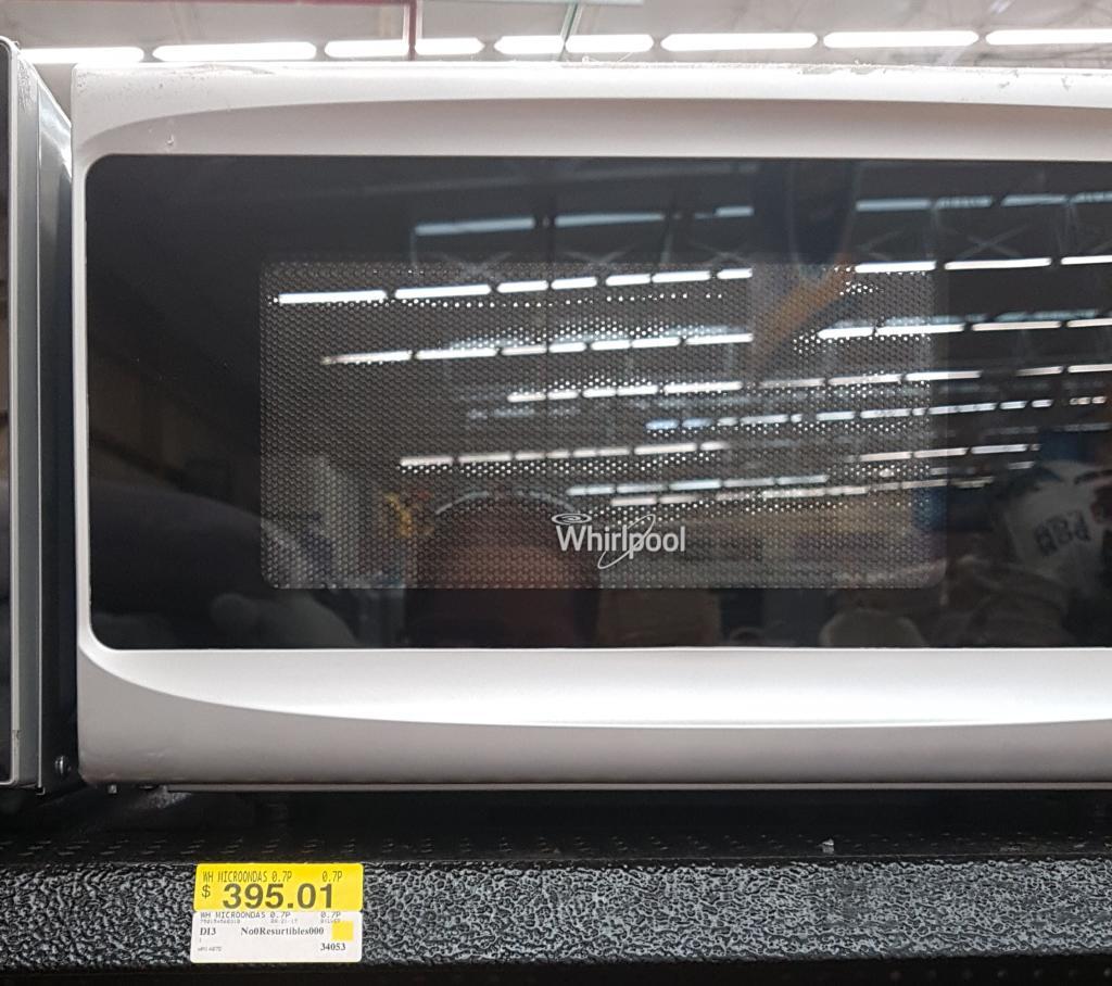 Walmart Macroplaza Merida: microondas Whirlpool a $395.01