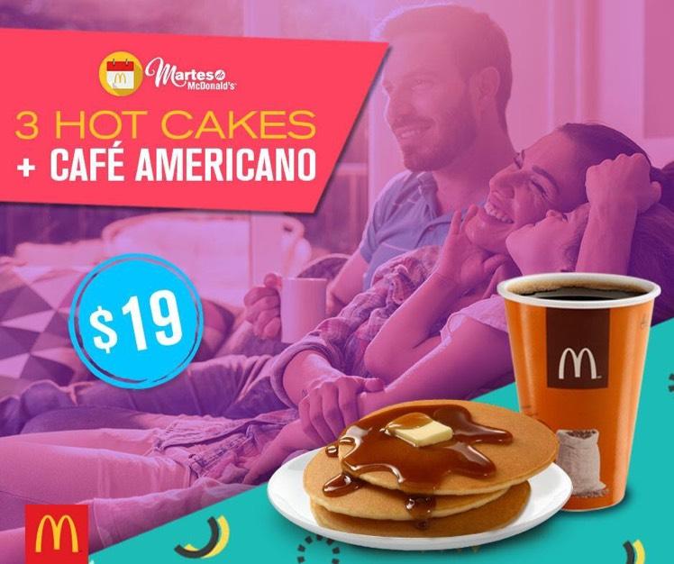 Martes de McDonald's: 3 hotcakes + Café americano 12oz a $19