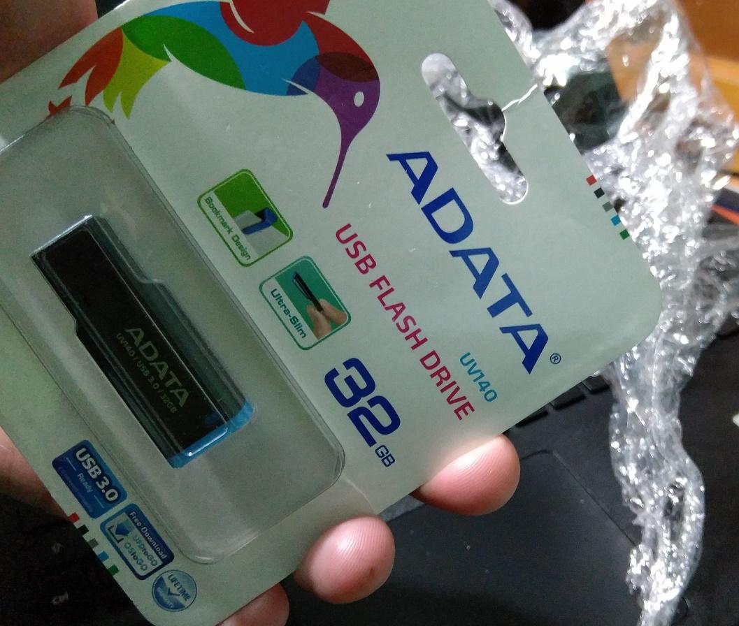 Linio: Memoria USB ADATA 32GB 3.0 con cupón