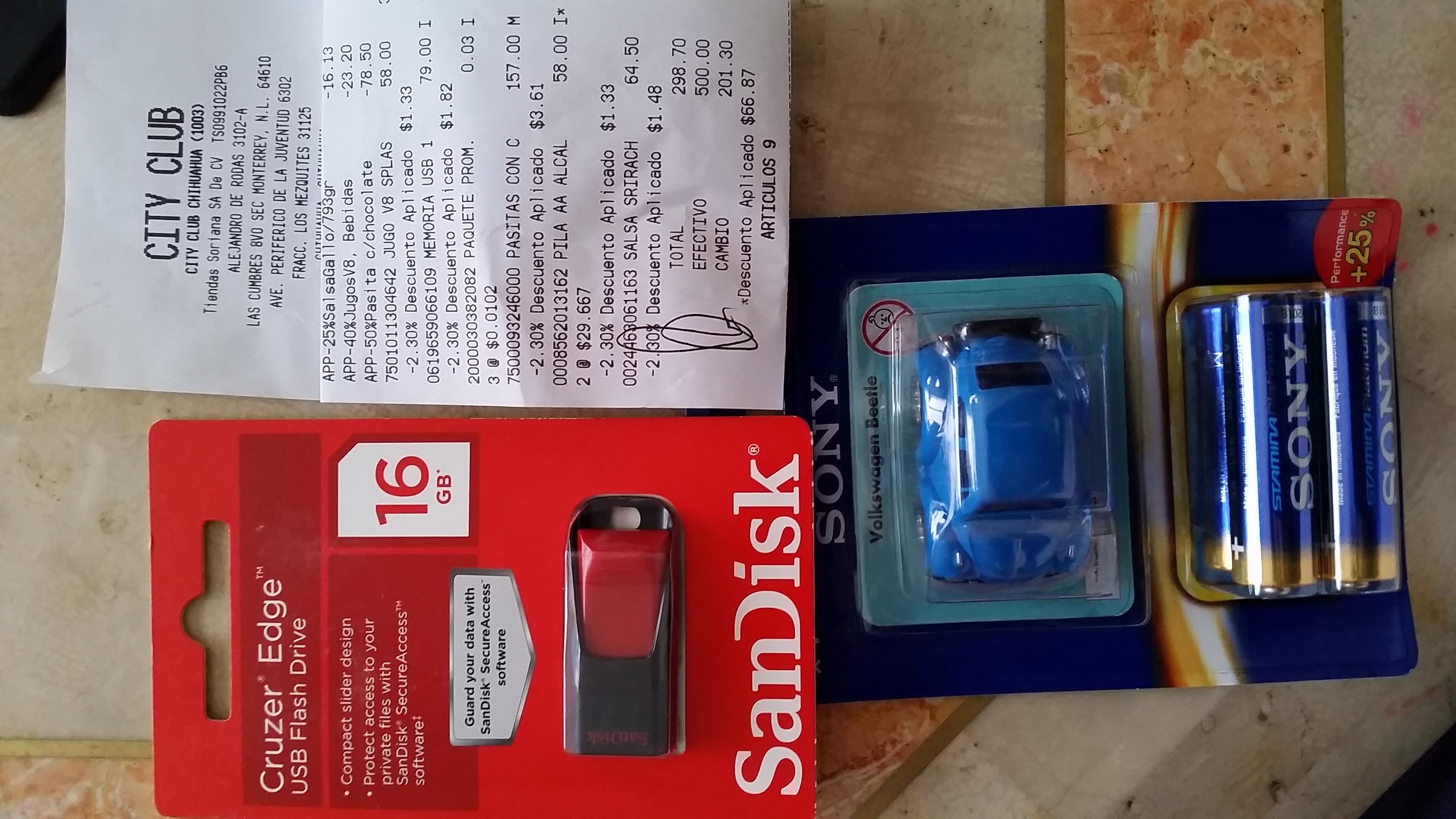City Club: Memoria USB 16 GB $79