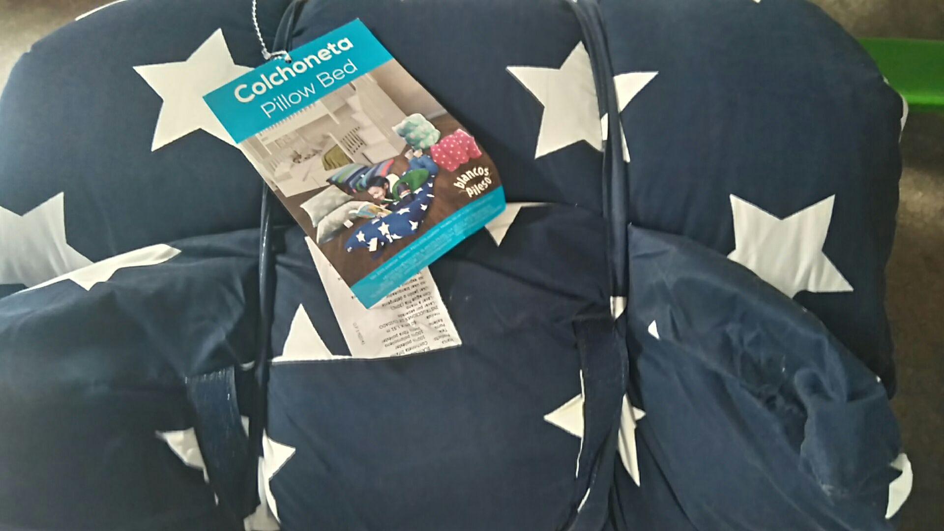 Walmart: liquidaciones de colchoneta, artículos de papelería y ropa