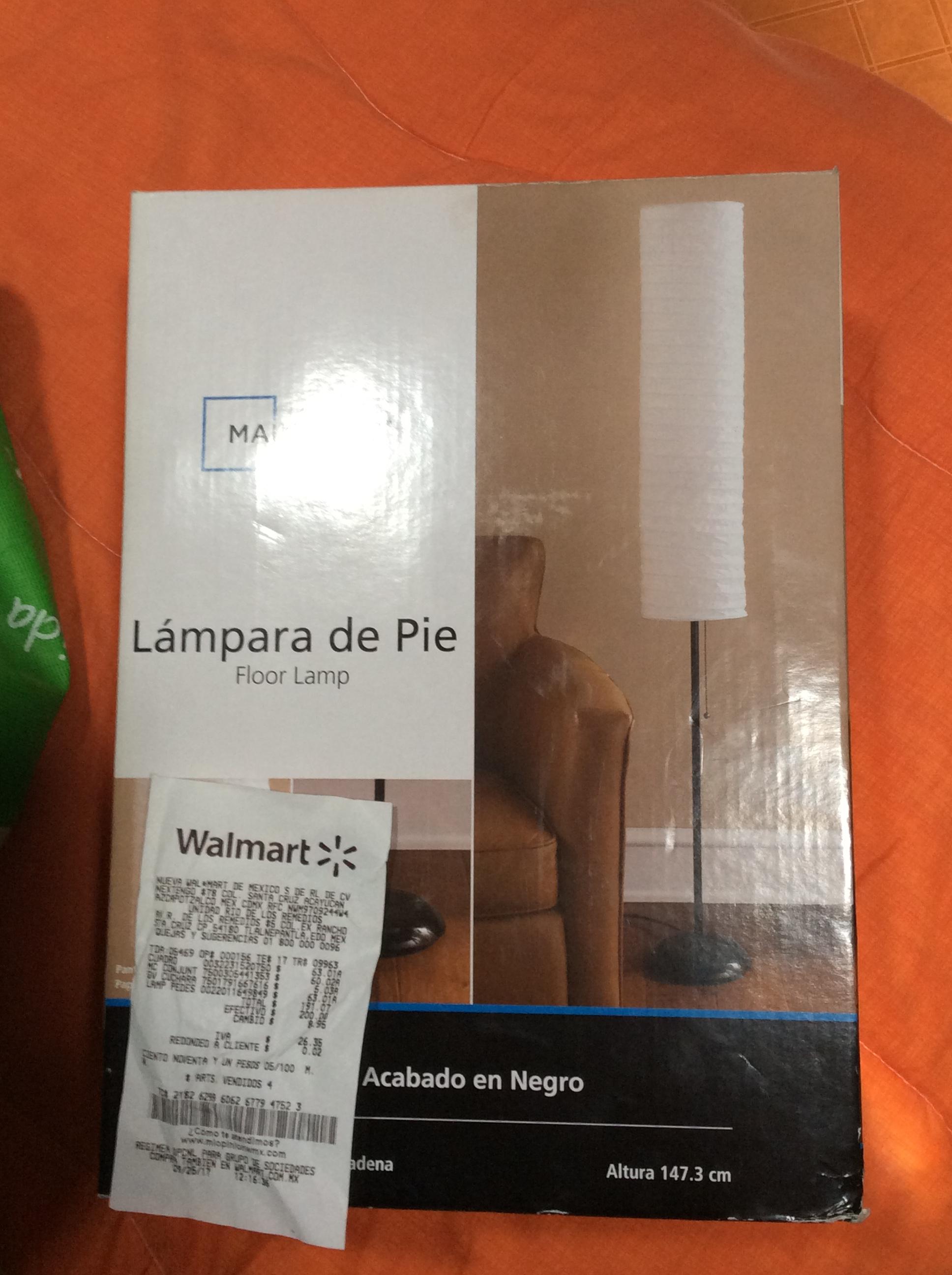 Walmart Río de los Remedios: lámpara de pie a 63.01