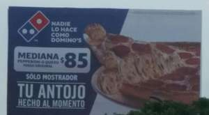 Domino's Pizza: mediana de pepperoni o queso por $85, solo en mostrador