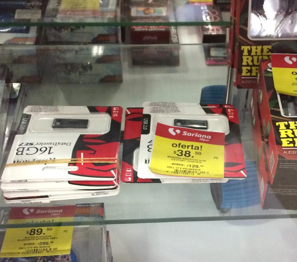 Soriana Sendero: Memoria USB Kingston 16GB a $38.50