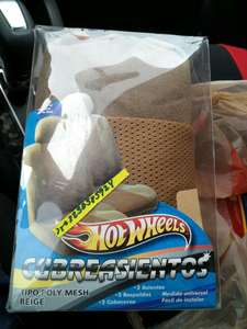 Soriana Cd Carmen: Cubreasientos Hot Wheels 2 piezas a solo 2.50