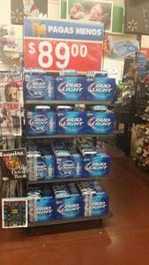 Walmart: 14 cervezas Bud light $89