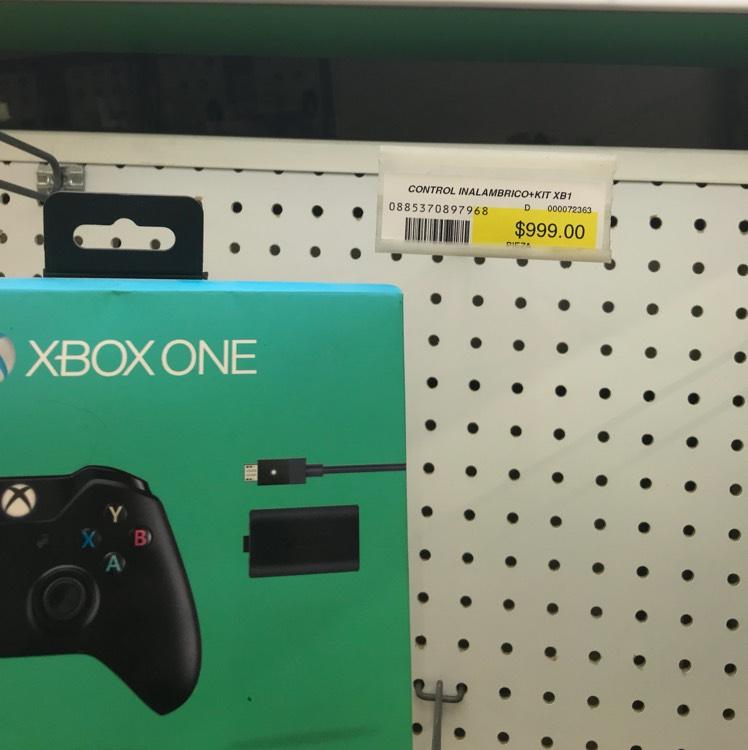 Office Depot: Control de Xbox one con kit de carga y juega